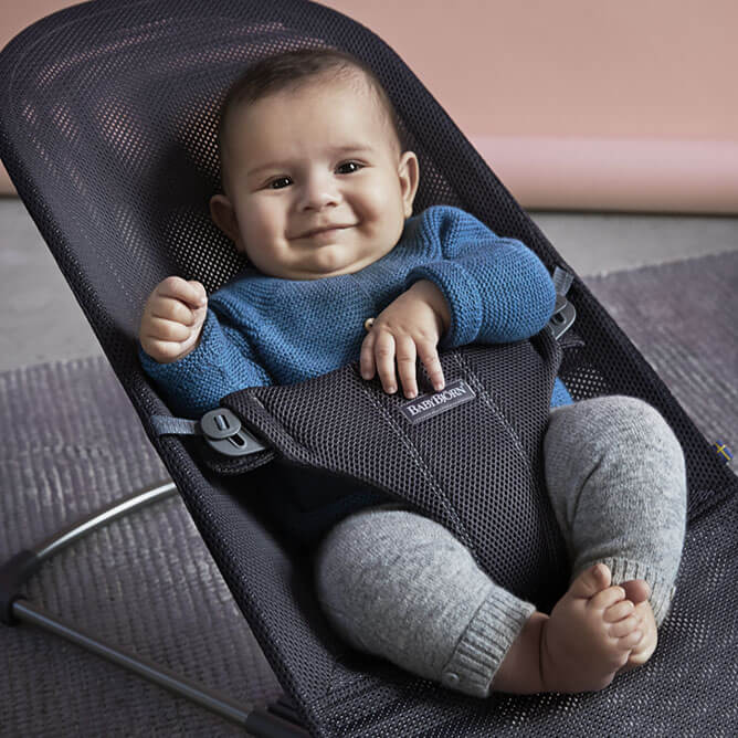 bouncer-bliss-mesh-anthracite-baby-babybjorn